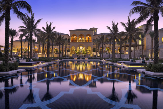 One_and_Only_The_Palm__3_Manor_House_with_Pool.jpg