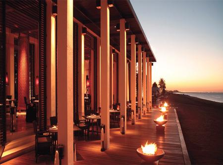 The_Chedi_Muscat_Terrace.jpg