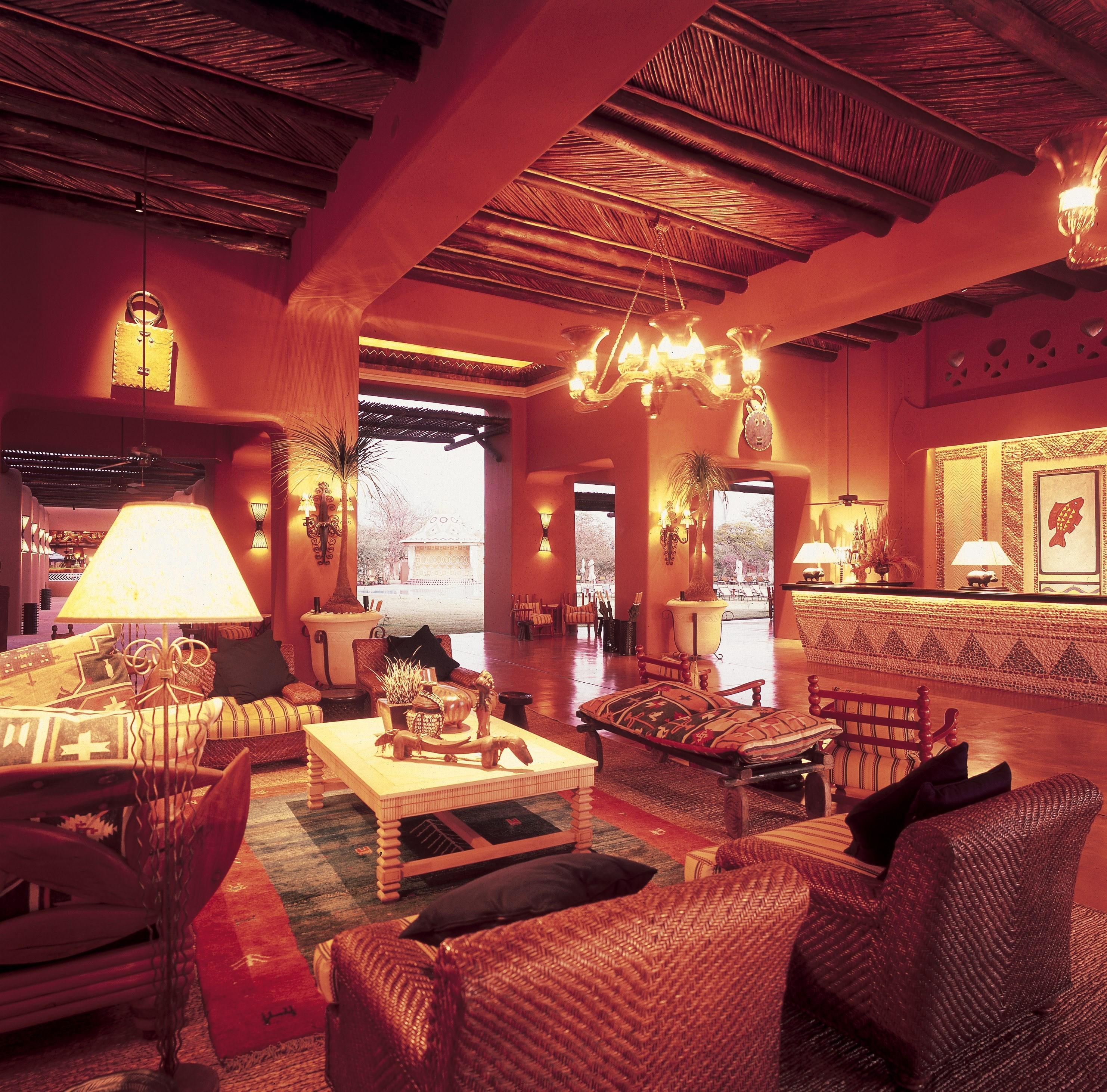 Lobby_Lounge.jpg