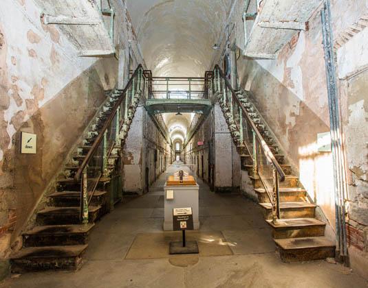 Eastern_State_Penitentiary_stairs.jpg