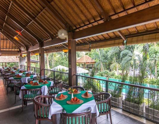 Champlung_Sari_-_Kamani_Restaurant.jpg