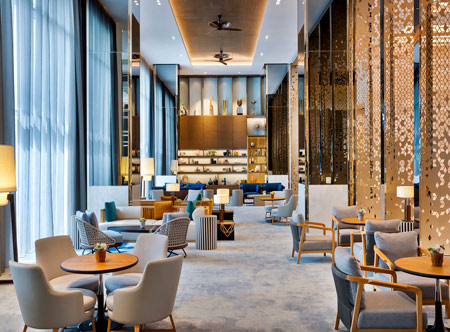 Hilton-Abu-Dhabi-Yas-Island_Lobby-Lounge.jpg