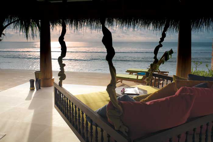 Naladhu beach house swinging daybed