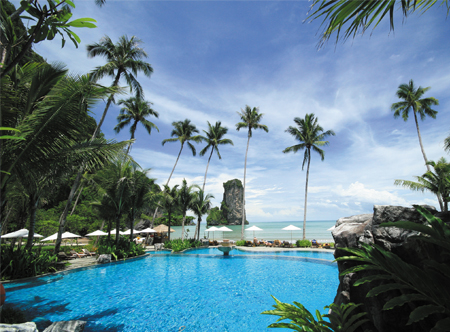 12464_1_Centara_Grand_Beach_Krabi_pool_and_beach.jpg