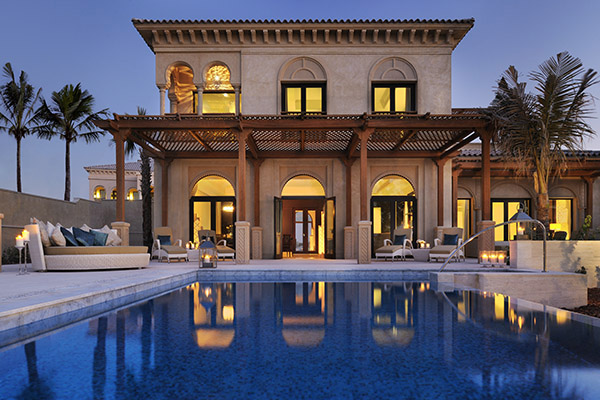 One_and_Only_The_Palm_4_Beach_villa_with_pool.jpg