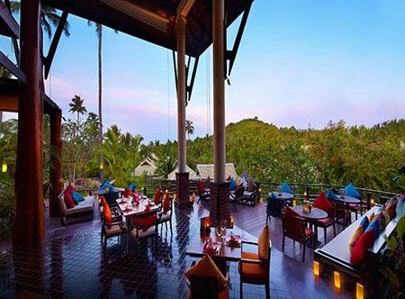 Melati_Beach_Resort_and_Spa_-_Kan_Sak_Thong_Restaurant.jpg
