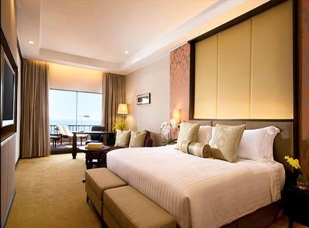 Dusit Thani Pattaya - Club Grand Room