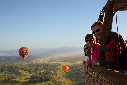 Ballooning & Vineyard Breakfast excursion