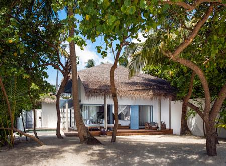 Raffles-maldives-Meradhoo_Beach-villa-exterior.jpg