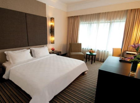 12720_3_Premier_Deluxe_Room.jpg
