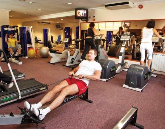 La_Villette_-_Gym.jpg