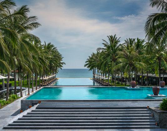Four_Seasons_Resort,_The_Nam_Hai_-_Pool.jpg