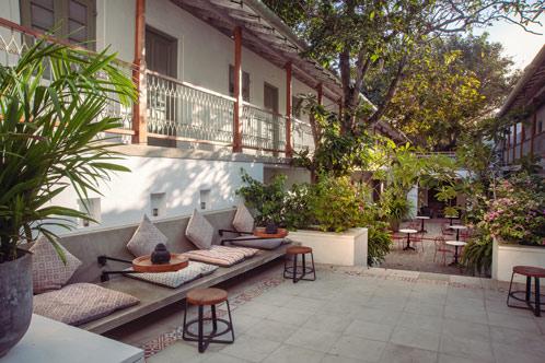 Fort-Bazaar_Courtyard-1.jpg