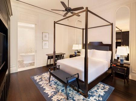 Raffles_Courtyard-Suite-Bedroom.jpg