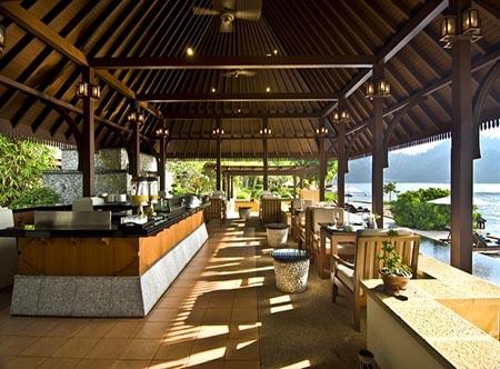 Pangkor_Laut_Resort_-_Jamu_Bar.jpg