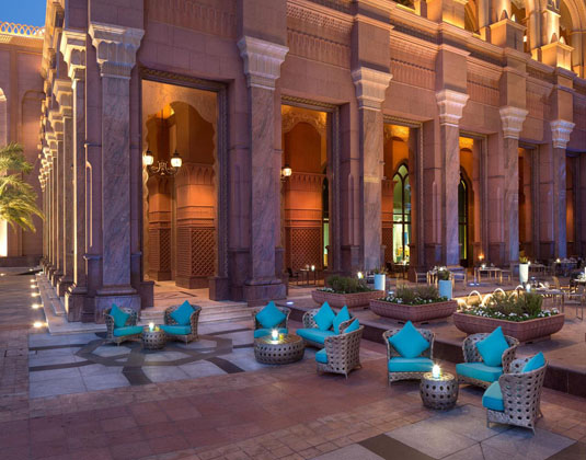 Emirates_Palace_-_Terrace.jpg