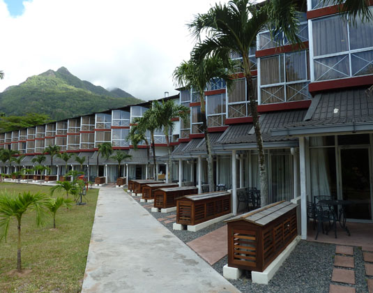 Berjaya_Beau_Vallon_Bay_Resort_and_Casino_-_Exterior_of_rooms.jpg