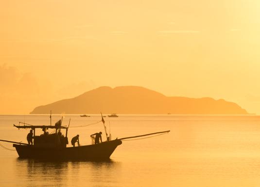 Con_Dao_Island_Fishermen.jpg