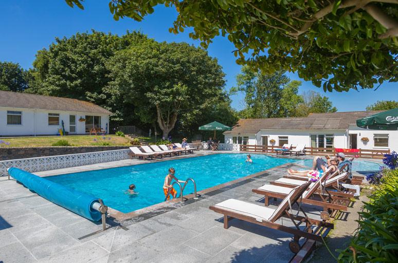 La-Collinette-Pool.jpg