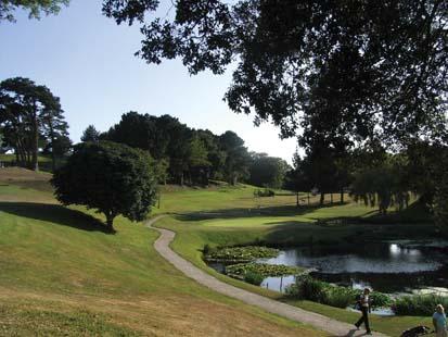 CB9620_3_St_Pierre_Park_golf.jpg