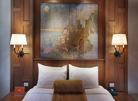 Amari_Vogue_-_Deluxe_Room.jpg