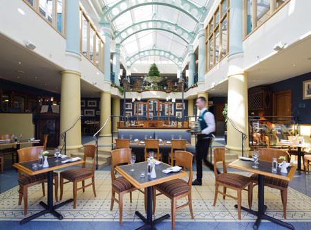 Merton-Hotel_Bonettis-Restaurant.jpg