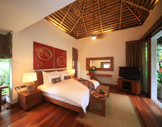 Banjaran Hotsprings Retreat - Villa Bedroom