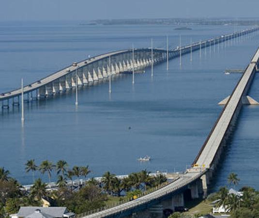Florida_Keys_-_Seven_Mile_Bridge.jpg