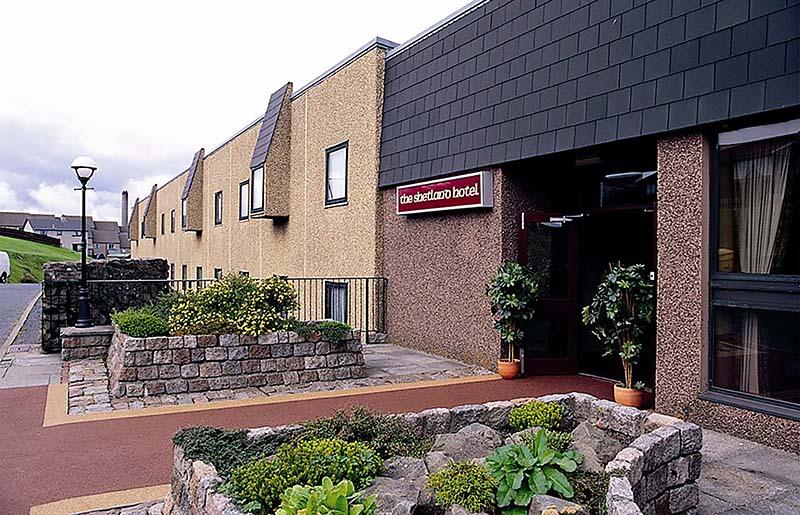 Shetland_Hotel_outside1.jpg