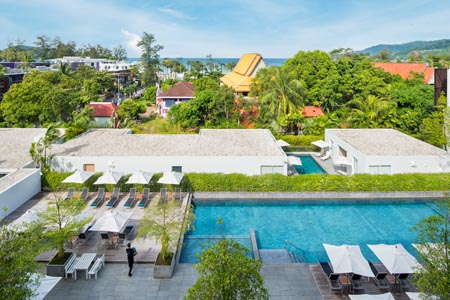 X2-Vibe-Phuket-Patong_Swimming-Pool-05.jpg