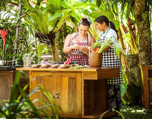 Authentic Balinese Cooking Experience excursion