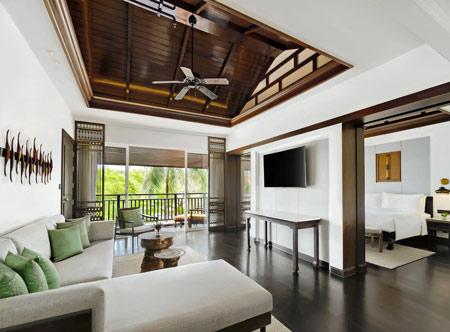 Jw-Marriott-Khao-Lak_living-area-of-executive-suite.jpg