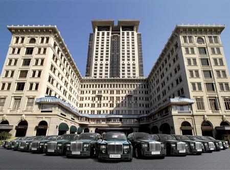 The Peninsula Hong Kong - Rolls Royce fleet