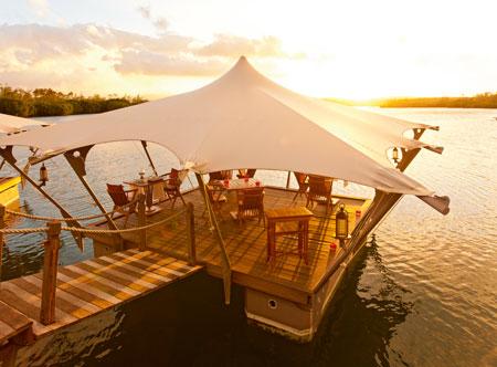 Constance-Le-Prince-Maurice_Barachois-floating-restaurant.jpg