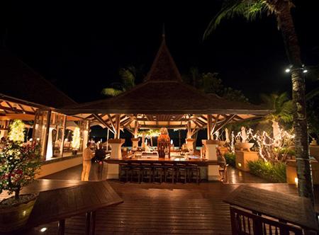 Layana Resort & Spa - Sundown Bar