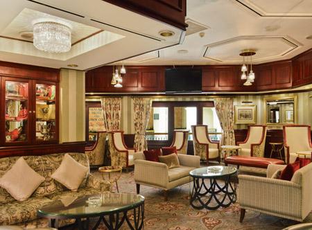 Balalaika_-_Lounge_-_Room.jpg