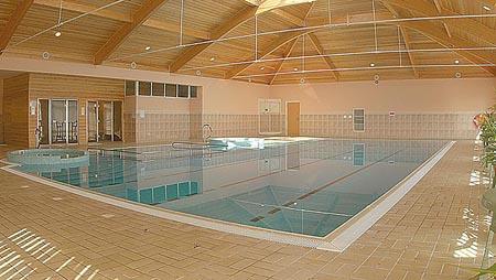 la-villette-hotel-indoor-pool.jpg