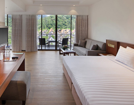 Bayview_Hotel_Penang_-_Family_Suite.jpg