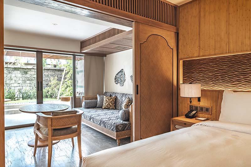 Hyatt-Regency-Bali-Premium-Room-Living-Room.jpg