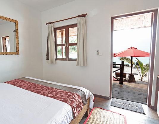 Sok_San_Beach_Resort_-_Pavilion_Sea_View_room.jpg