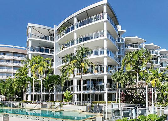Visions Apartments Esplanade Holidays