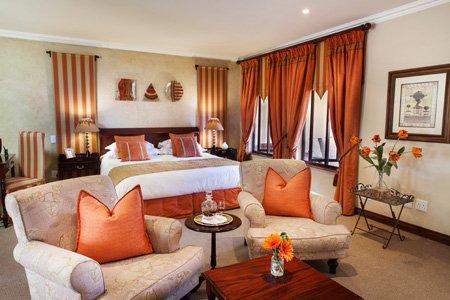 17_-_Olivers_Restaurant_and_Lodge_-_Luxury_Room_4.jpg