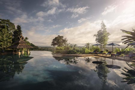 Anantara-Golden-Triangle_Infinity-Pool-Overview.jpg