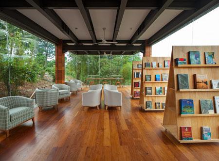 Tri-Lanka_Library.jpg