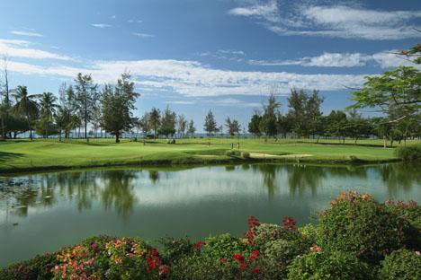 12865_6_Nexus_Resort_golf_course.jpg