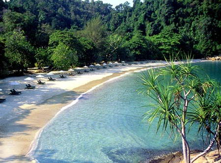 Pangkor_Laut_Resort_-_Emerald_Bay.jpg