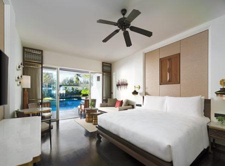 Jw-Marriott-Khao-Lak_deluxe-lagoon-pool-access-room.jpg