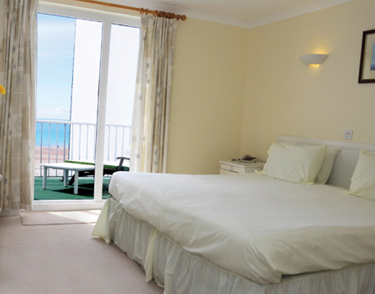Beau_Rivage_-_Two_Bed_Sea_View.jpg