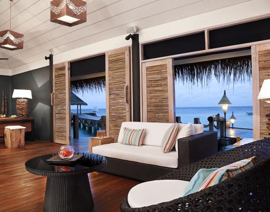 Vivanta_by_Taj_Coral_Reef_-_Arrival_Pavilion.jpg