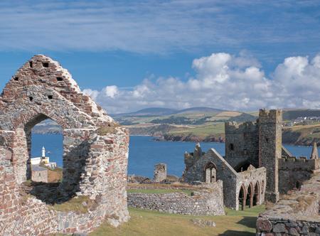 Peel-Castle.jpg